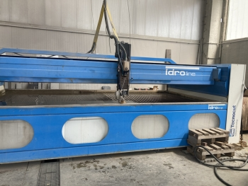 544 -Waterjet CMS Tecnocut year 2011
